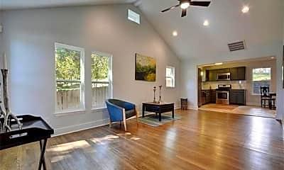 Living Room, 2814 Oak Springs Dr, 1