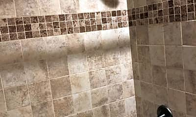Bathroom, 435 Ridge Rd 208, 2