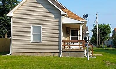 Building, 313 E 8th St, 1