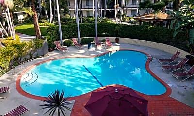 Pool, Huntington Parkside, 1