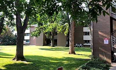Portals Apartments, 2