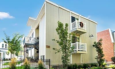 Building, 268 N 200 W, 1