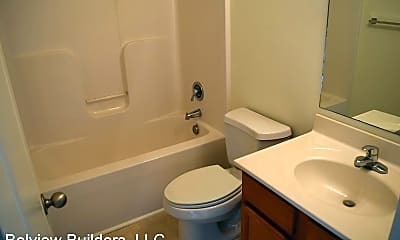 Bathroom, 112 Lexington Pl, 2