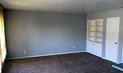 Living Room, 3077 Los Prados St, 1