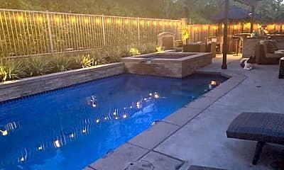 Pool, 14 Covington, 1