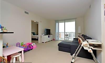 Living Room, 18800 NE 29th Ave 923, 1