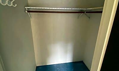 Living Room, 74 Craigie St, 2