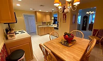 Kitchen, 3101 Boardwalk, 1