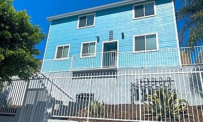 Building, 621 1/2 S Soto St, 0