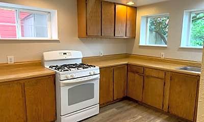 Kitchen, 1212 N Garden St, 2