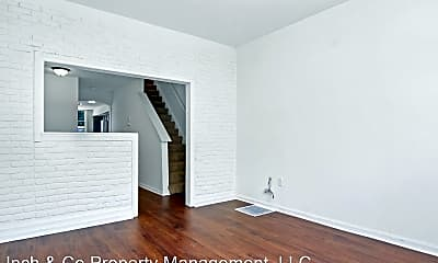 Building, 125 Linden St, 2