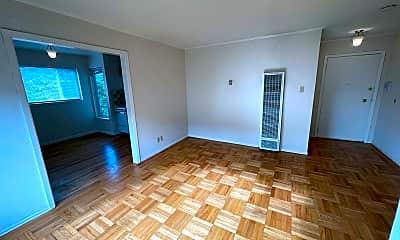 Living Room, 1445 Waller St, 2