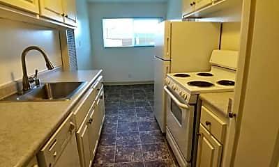 Kitchen, 24545 Amador St, 1