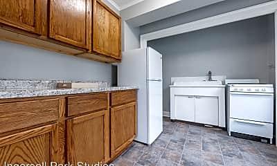 Kitchen, 3323 Ingersoll Ave, 1