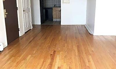 Living Room, 49 Sumner St 5, 1