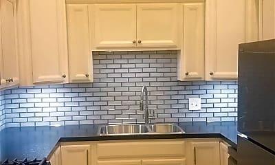 Kitchen, 409 S Main St, 1