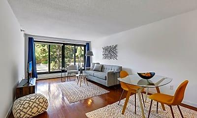 Living Room, 48 Groveland Terrace B306, 0