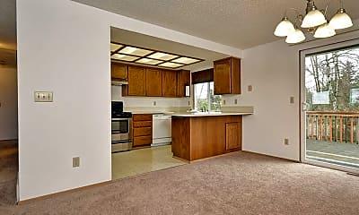 Living Room, 2900 Park Ave N, 2