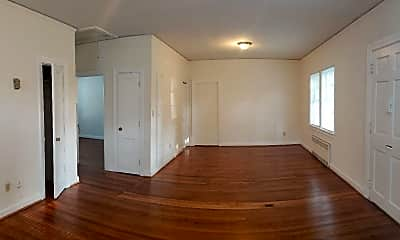 Living Room, 1430 Franklin St 4, 1