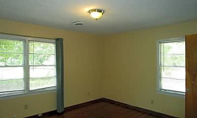 Bedroom, 1725 Airport Dr, 2