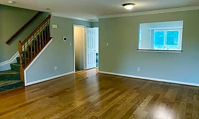 Living Room, 305 Sunray Ct, 1