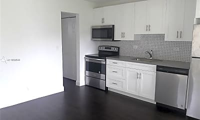Kitchen, 2320 N 19th Ave 10, 1