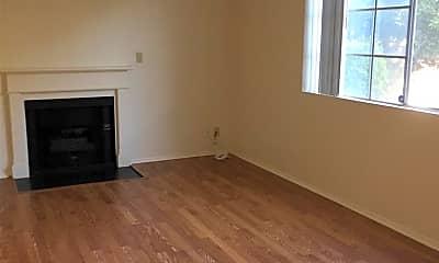 Living Room, 10641 Kinnard Ave 7, 1