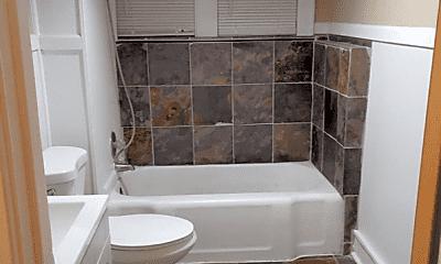 Bathroom, 18 16th Ave N, 0