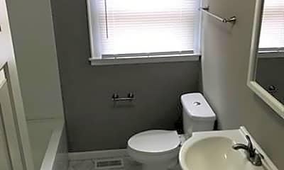 Bathroom, 503 Park St, 1