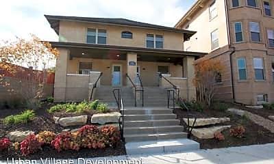 Building, 806 Park Ave, 1