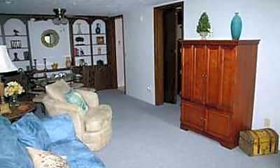 Foxglove Apartments, 2