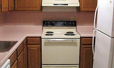 Kitchen, 901 Avalon Rd, 1