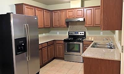 Kitchen, 567 N Walker, #21, 1