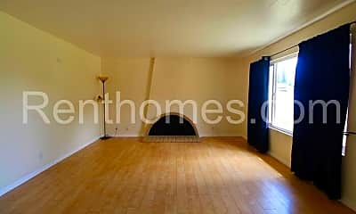 Living Room, 3512 Spruce Ct, 1
