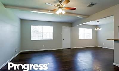 Living Room, 2707 Skelton Dr, 1