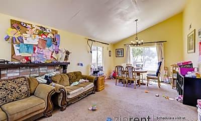 Living Room, 118 Sunflower Ct, 1