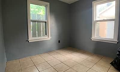 Bathroom, 305 Meadow Ave, 2
