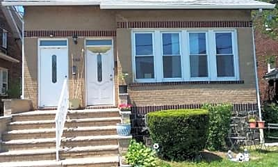 579 Dewey Ave, 0