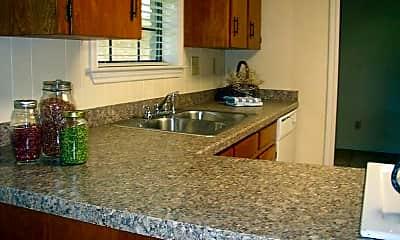 Kitchen, 113 Dove Cir, 1