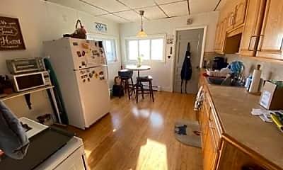 Kitchen, 44 Gladstone St, 1