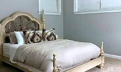 Bedroom, 2305 W Harrison St, 1
