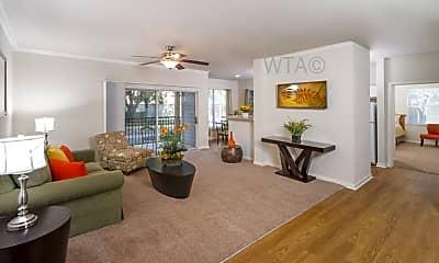 Living Room, 17655 Henderson Pass, 1