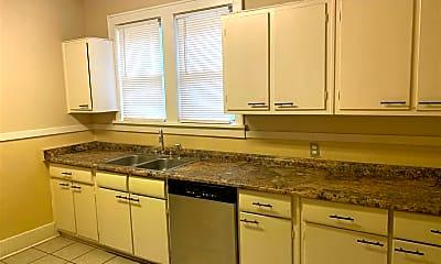 Kitchen, 4520 Tutwiler Ave, 2