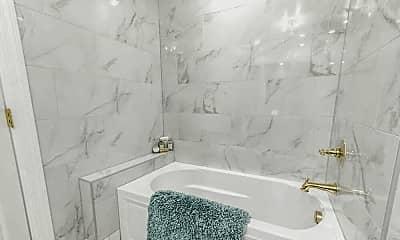 Bathroom, 6415 FM546, 1