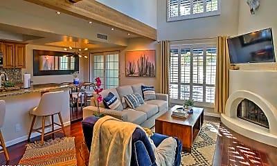 Living Room, 4924 E Hazel Dr 1, 0