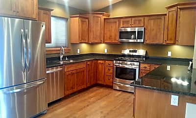 Kitchen, 225 Falconers Way, 1