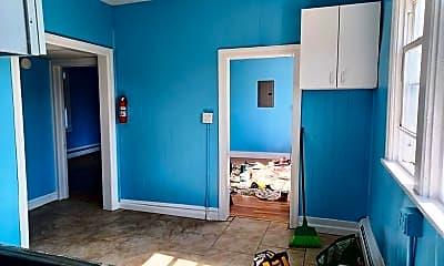 Bedroom, 126 N Texas Ave, 2