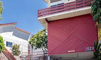 Building, 1523 E Windsor Rd, 1