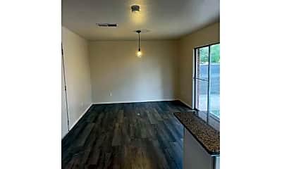 Living Room, 2030 Jordan Rd, 2
