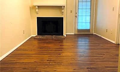 Living Room, 127 Ashley Dr, 1